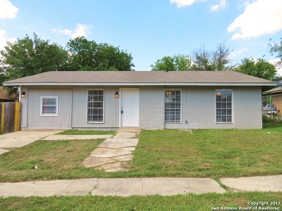San Antonio Single Family Home For Sale: 5323 Indian Pipe St
