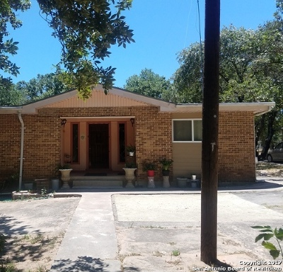 Atascosa County Single Family Home For Sale: 229 Maske Rd