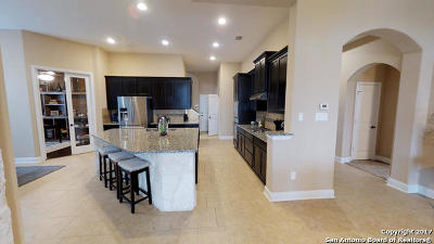 San Antonio Single Family Home For Sale: 5910 Amber Rose