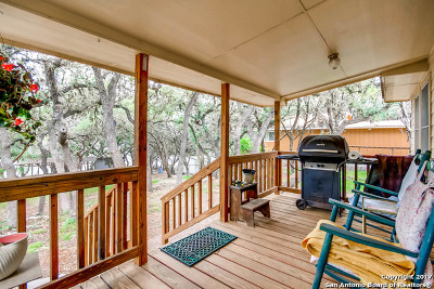 Bandera County Single Family Home For Sale: 1759 Pebble Beach Rd
