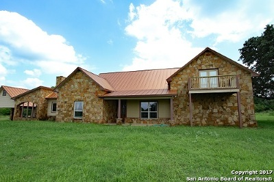 Medina County Single Family Home For Sale: 840 County Road 652