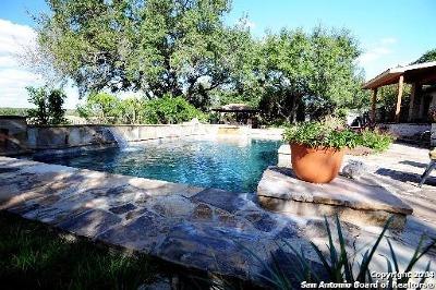 Boerne Farm & Ranch For Sale: 7860 Smokey Vw