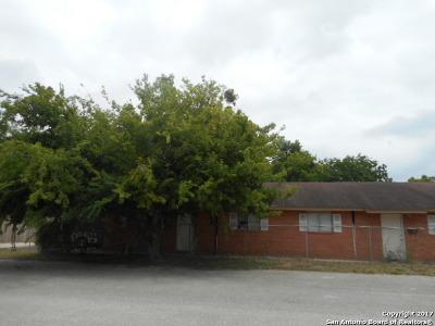 Atascosa County Multi Family Home For Sale: 1105 Main St