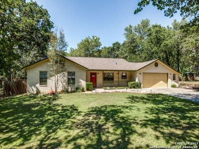 La Vernia Single Family Home Active RFR: 339 Bear Ridge Dr