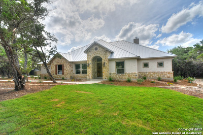 Kendall County Single Family Home Active RFR: 237 Canyon Bluff