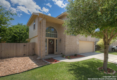 New Braunfels Single Family Home Back on Market: 526 Pecos Circle