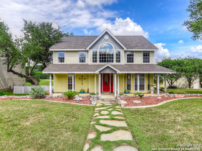 Comal County Single Family Home For Sale: 451 Watts Ln