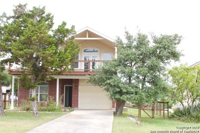 Canyon Lake Single Family Home Active RFR: 1905 Canyon Edge