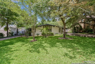Olmos Park Single Family Home For Sale: 226 Parklane Dr