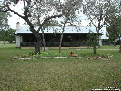 Bandera County Single Family Home For Sale: 364 Exotic Lane