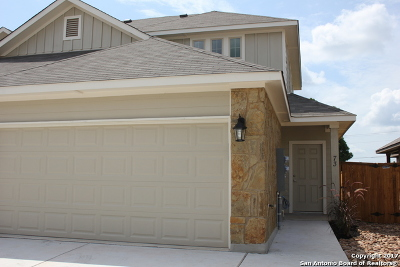 Comal County Condo/Townhouse For Sale: 731 Gristmill Dr #3B