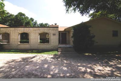 Single Family Home For Sale: 1301 Spanish Oaks