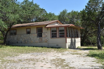 Bandera County Single Family Home For Sale: 2718 Goat Hill Rd
