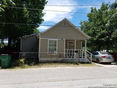 Seguin Single Family Home For Sale: 303 Lopez St