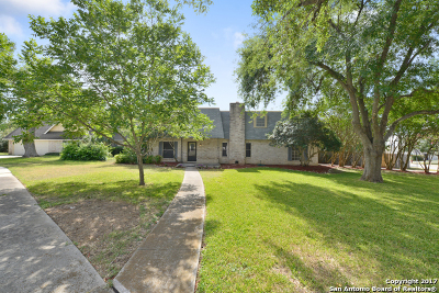 Single Family Home For Sale: 111 Amistad Blvd