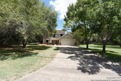 San Antonio Single Family Home Back on Market: 26730 Timberline Dr