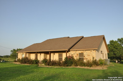 Atascosa County Single Family Home For Sale: 5663 Fm 2146