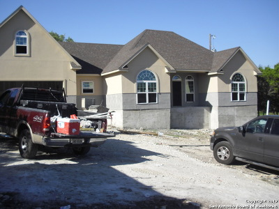 Canyon Lake Single Family Home For Sale: 1192 Johnson Rd