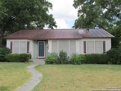 Hondo Single Family Home For Sale: 1402 21st St