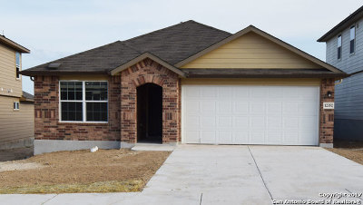 Schertz Single Family Home For Sale: 12352 Erstien Valley