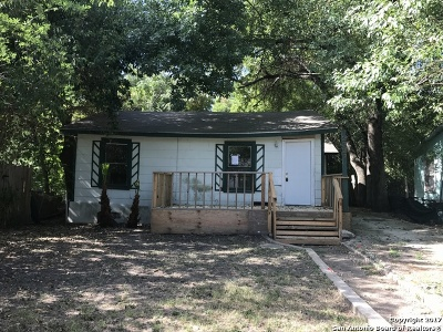 Bexar County, Comal County, Guadalupe County Single Family Home For Sale: 2322 Hiawatha St