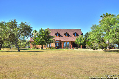 Wilson County Farm & Ranch For Sale: 652 County Road 215