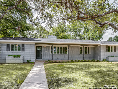 San Antonio Single Family Home For Sale: 302 Oak Glen Dr