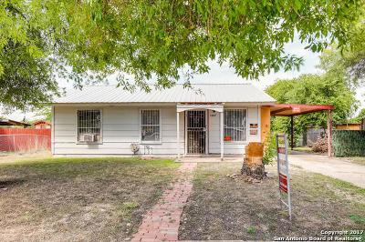 Single Family Home For Sale: 4807 Castle Inn