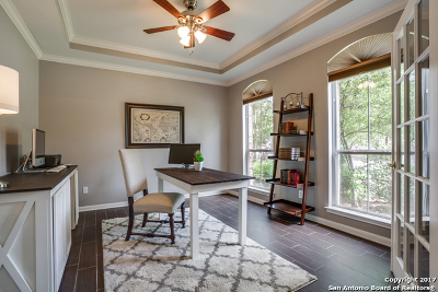 Deerfield, Oakwood, The Fountains At Dee, The Park At Deerfield, The Reserve @ Deerfield, The Sentinels, The Waters At Deerfield Single Family Home For Sale: 2323 Buroak Rdg