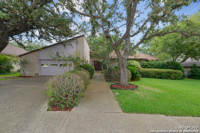 Single Family Home For Sale: 3511 Hunters Dawn St