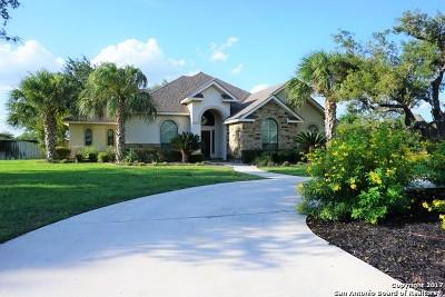Atascosa County Single Family Home For Sale: 1610 Clover Ridge