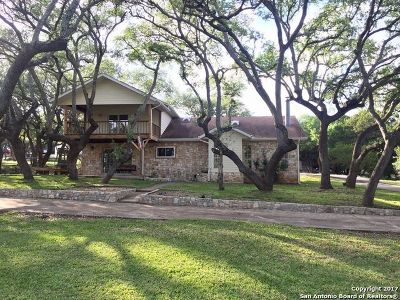 Canyon Lake Single Family Home For Sale: 861 Gallagher Dr