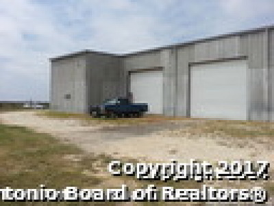 Atascosa County Commercial For Sale: 214 W Ditto Rd
