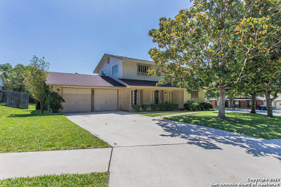 Universal City Single Family Home For Sale: 603 Amistad Blvd