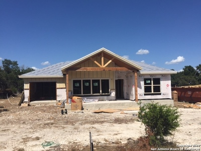 Spring Branch Single Family Home For Sale: 1651 Tanglewood Trl