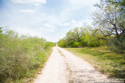 Atascosa County Residential Lots & Land For Sale: 840 Atascosa County Road 101