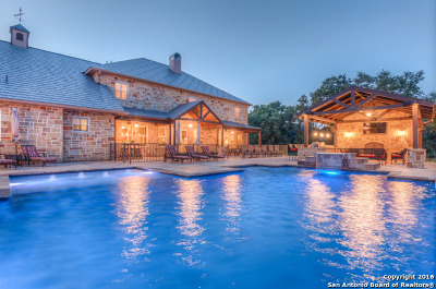 Boerne Single Family Home For Sale: 103 Cibolo Holw S