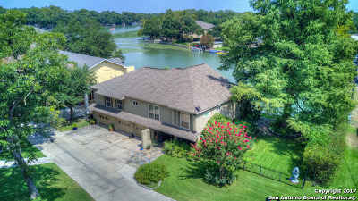 Guadalupe County Single Family Home For Sale: 242 Admiral Benbow Ln