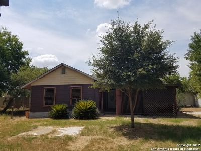 Single Family Home For Sale: 626 Barberry St