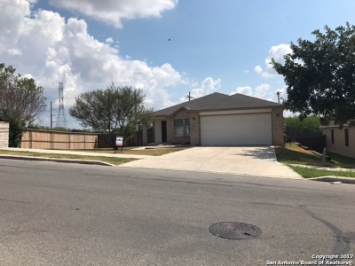 Cibolo Single Family Home For Sale: 100 Kaylee Chas