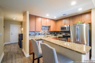 Bexar County Condo/Townhouse For Sale: 215 Center #404