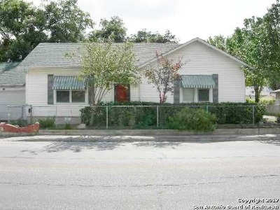 Multi Family Home For Sale: 2910 Elmendorf St