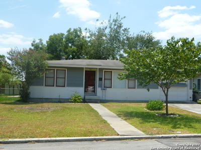 New Braunfels Single Family Home New: 711 W Merriweather St