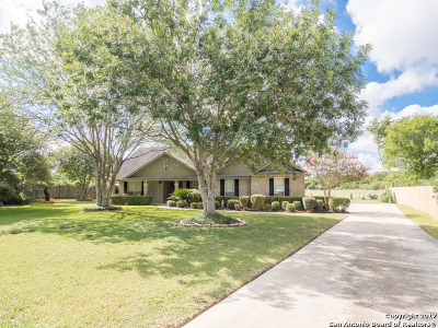 Guadalupe County Single Family Home New: 129 Bosque