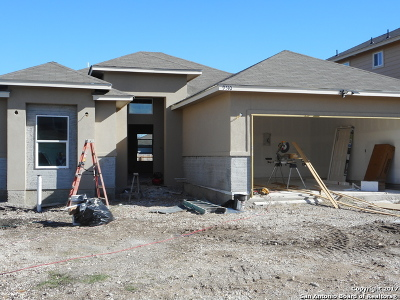 Single Family Home For Sale: 9510 Butterfly Bend