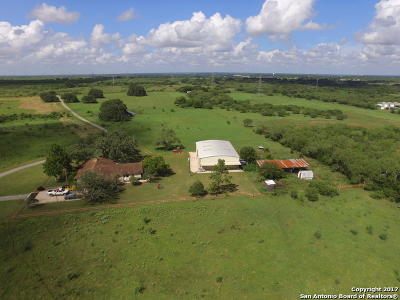 Wilson County Farm & Ranch For Sale: 605 County Road 407