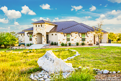 Comal County Single Family Home New: 1233 Via Principale
