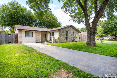 Schertz Single Family Home New: 305 Lori Lynn Dr