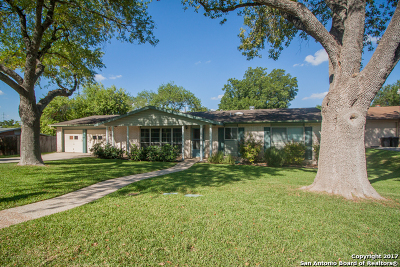 Universal City Single Family Home New: 105 Furlong Dr