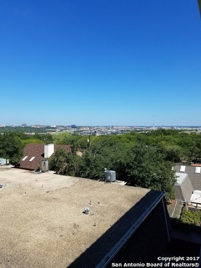 Bexar County Condo/Townhouse For Sale: 7731 Broadway St #K343